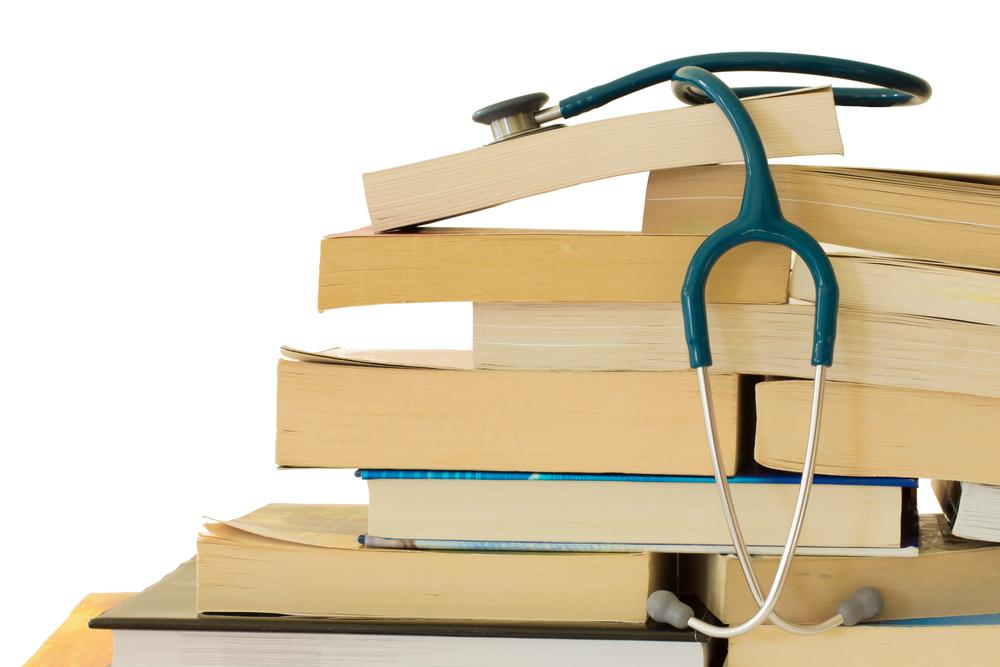 新人看護師の勉強方法を一つずつ実践すれば、知識不足から卒業します